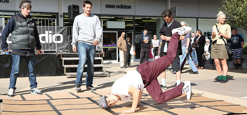 Breakdancers Rio Carnival